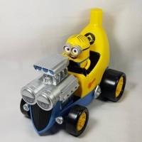 mainan minion banana despicable me minions car mobil minions hot rod