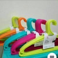 Gantungan Baju / Hanger Baju Merek Charis 0160