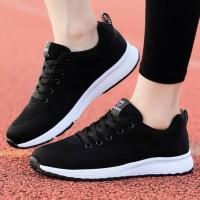 sepatu sneakers hitam wanita sport