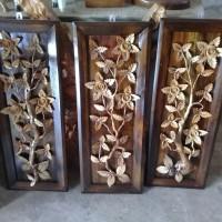 jual hiasan dinding kayu jati motif bunga kembang tumbuhan