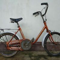 Jual Sepeda Mini Minion Original Phoenix 20 Inch Kab Banyumas Tatar Shop Tokopedia