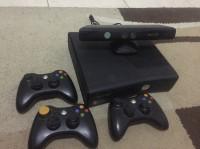 Xbox 360 slim 250gb + kinect dan 3 stick