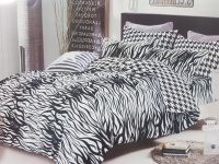 Bed Cover dan Sprei Just Black and White