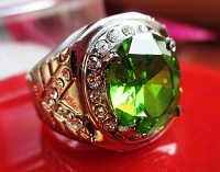 Cincin Titanium Emerald Green