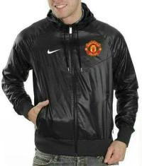 Jaket Parasut Bola Man United