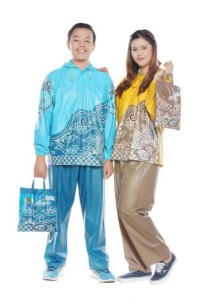 JAS HUJAN STELAN MOTIF BATIK INDONESIA merk TIGER HEAD ( BAJU+CELANA)