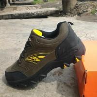 Sepatu nike camel tracking outdoor sepatu gunung NK03 Supplier