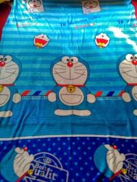 New ..Selimut bulu Doraemon