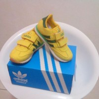 Sepatu Adidas Anak/Kids