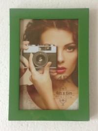 Photo Frame Kayu / Pigura Foto 4R Hijau Minimalis