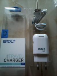 charger bolt travel adaptor bolt 3 in 1 output 2.1A