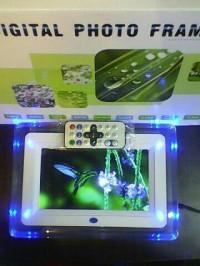 "digital photo frame 7""/ foto 7 inch"