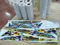 Sticker vinyl putih/transparan tinta artpaper
