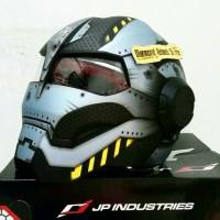 Helm JPX Bot X 730 Iron Man Black Steel untuk yang ingin tampil beda