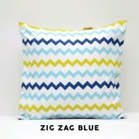 sarung bantal 40cm x 40cm zigzag blue