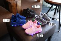 Sepatu Sekolah Anak Lampu / LED Knit Shoes