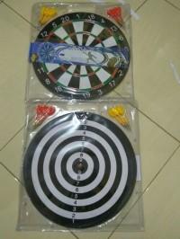 DART GAME/ DART BOARD 17 INCH