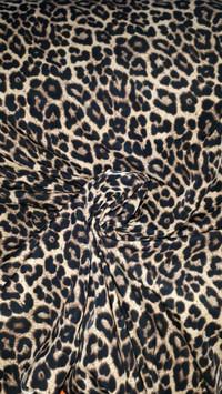 kain-bahan gaun dan gamis woly crepe motif macan