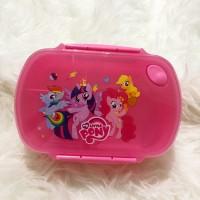 Tempat makan little pony