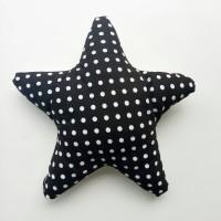 Star pillow / Bantal Bintang - Polkadot hitam