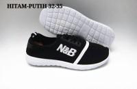 Sepatu N&B Putih 28-35 Bisa Untuk Sekolah / Kuliah / Jalan-Jalan