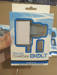 fast charging travel charger BOLT 2 USB output
