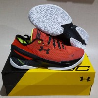 under Armour Curry 2 low Back red