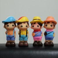 Celengan Piala Boneka Cowok Boy Kecil Imut Lucu Unik Topi