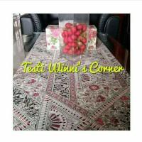 Taplak meja | Sarung bantal kursi | Kotak tisue | Winnis cornee