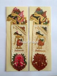 Souvenir Pembatas Buku Wayang tulisan Indonesia high quality