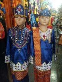 baju pakaian adat gorontalo