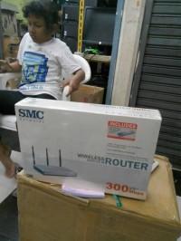 WIRELESS ROUTER 300MBPS SMC 3antena