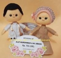 boneka flanel pernikahan pengantin muslim kado