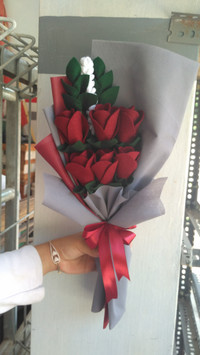 buket bunga flanel mawar 6 tangkai