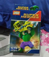 LEGO SUPER HEROES ( HULK )