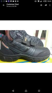 sepatu sekolah anak cowok hitam uk 31-33