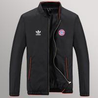 Jaket Hitam Favorit Bayern Munchen