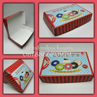 Dus donat/box donut isi 6 merah