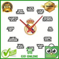 Jam Dinding Raksasa Akrilik Model Real Madrid Player Dimensi 30 Cm