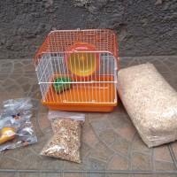 paket kandang, serbuk kayu, botol minum, makanan hamster