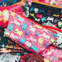 Souvenir Pernikahan dompet souvenir dompet kosmetik promosi perusahaan