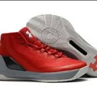 Sepatu Pria Basket Under Armour Curry 2