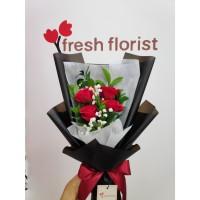 Hand Bouquet Buket bunga Wisuda/ bunga mawar - shiny charm