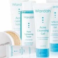 Kosmetik 1 set Wardah