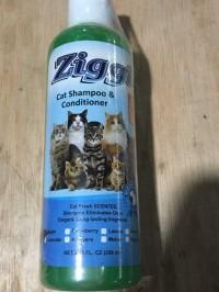Shampo Kucing 250 ML - Ziggi Cat Shampoo - Apel