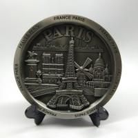 Souvenir pajangan piring Eiffel Paris oleh oleh negara Perancis France