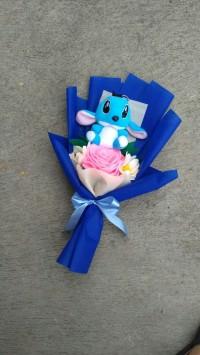 buket boneka stitch bunga flanel