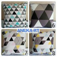 Sarung Bantal Kursi, 50x50, Bantal Sofa Cushion Cover Triangle