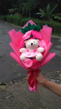 buket bunga flanel 6 tangkai boneka ulang tahun pink