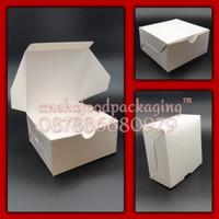 Lunch box/kotak makan kertas uk. kecil